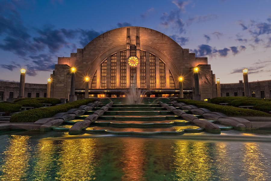 Cincinnati Museum Center at Union Terminal is home to the Cincinnati History Museum, Duke Energy Children's Museum, Museum of Natural History & Science, and Robert D. Lindner Family OMNIMAX Theater.