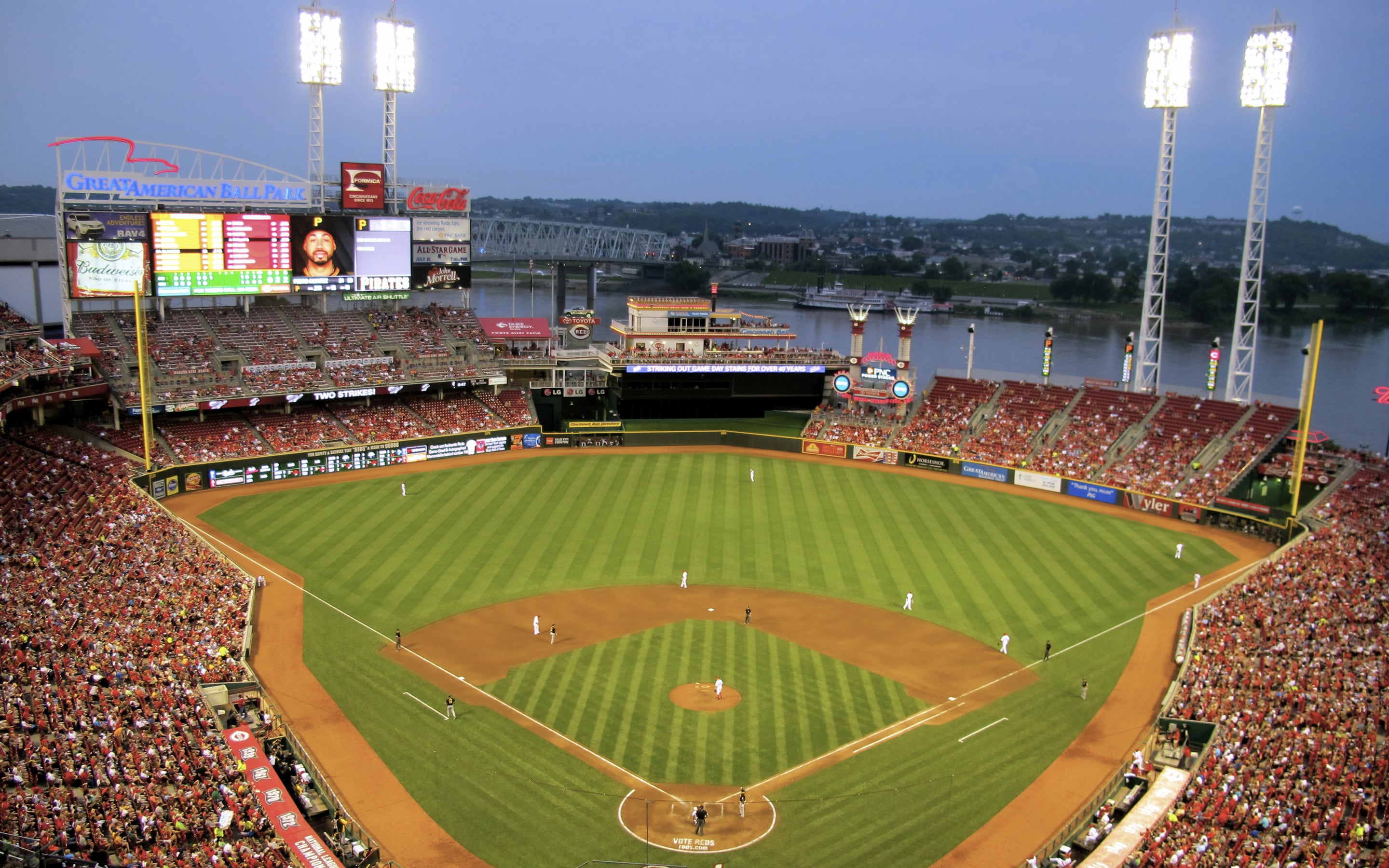 Cincinnati Reds ballpark Great American Ball Park Cincinnati Ohio Wallpaper