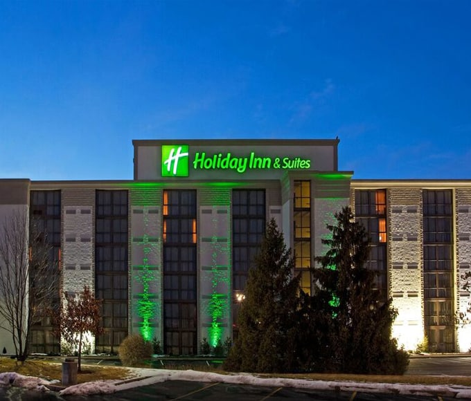 holiday-inn-slider_1